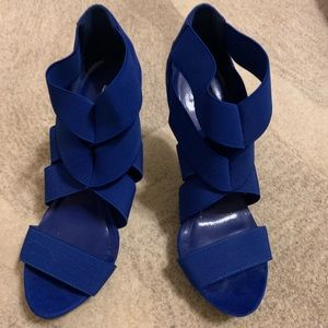 Bakers Amanda Blue heels
